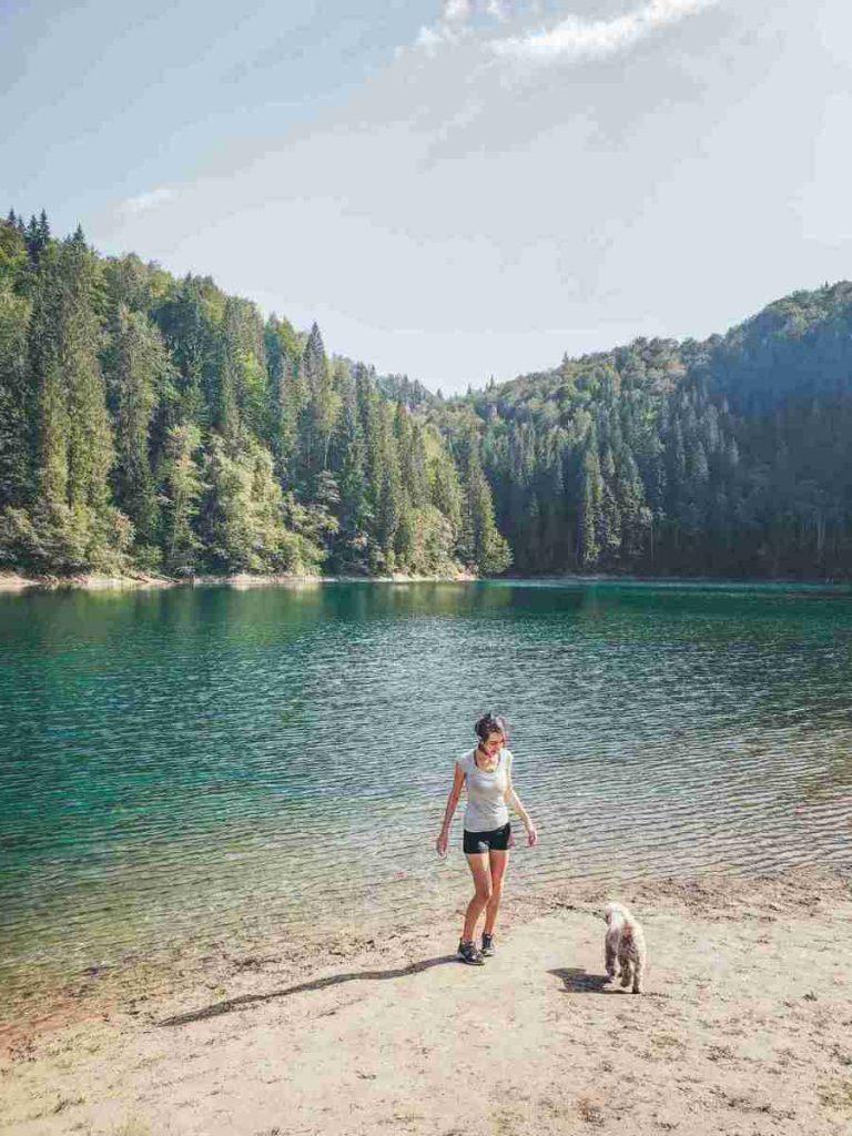 Traseu Lacul Scropoasa si Cascada 7 Izvoare: Drumeție ușoară aproape de Bucuresti