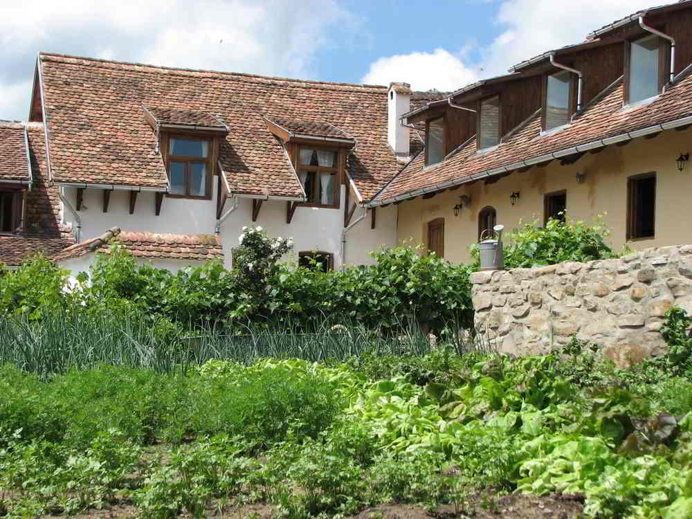 Convivium Transilvania cazari inedite romania cele mai frumoase pensiuni din romania locuri de cazare unice in romania