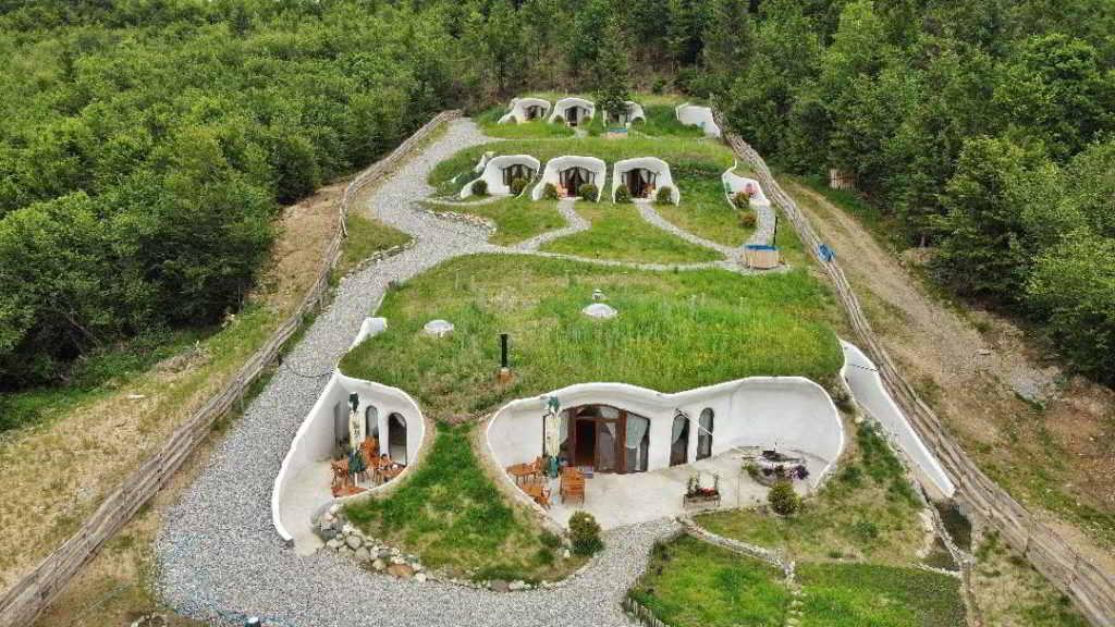 Dealu Verde cazari inedite romania cele mai frumoase pensiuni din romania locuri de cazare unice in romania